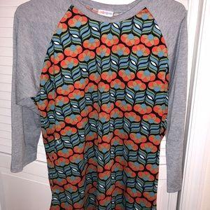 LuLa Roe randy t-shirt